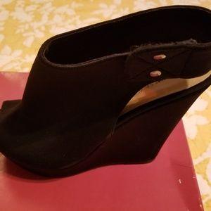 Shoes - Wedge Platform Peep Toe Booty